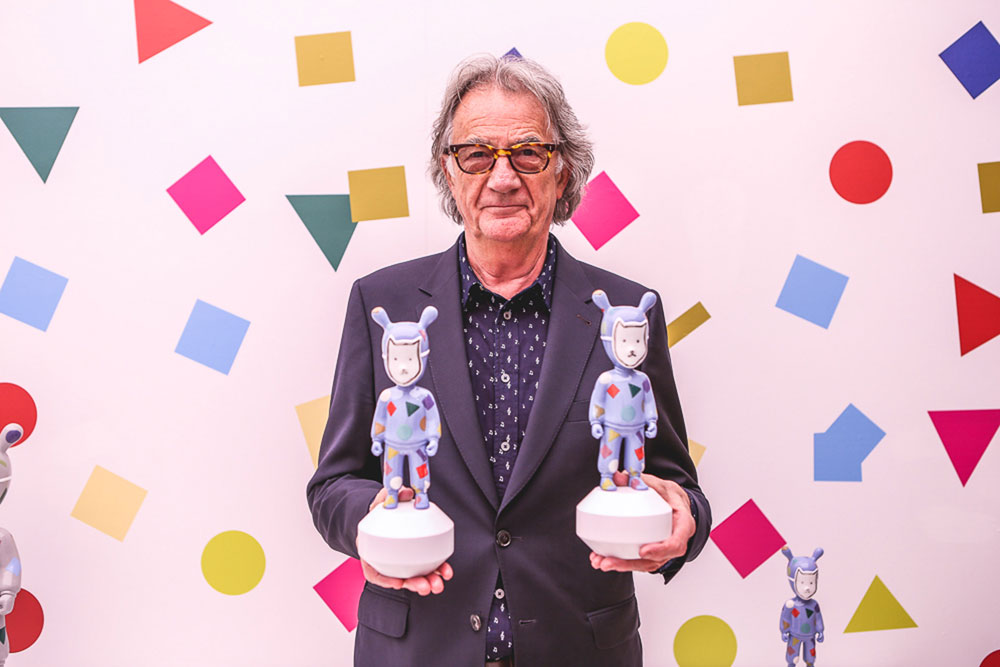 dissenycv.es-lladro-The-Guest-by-Paul-Smith_London_1