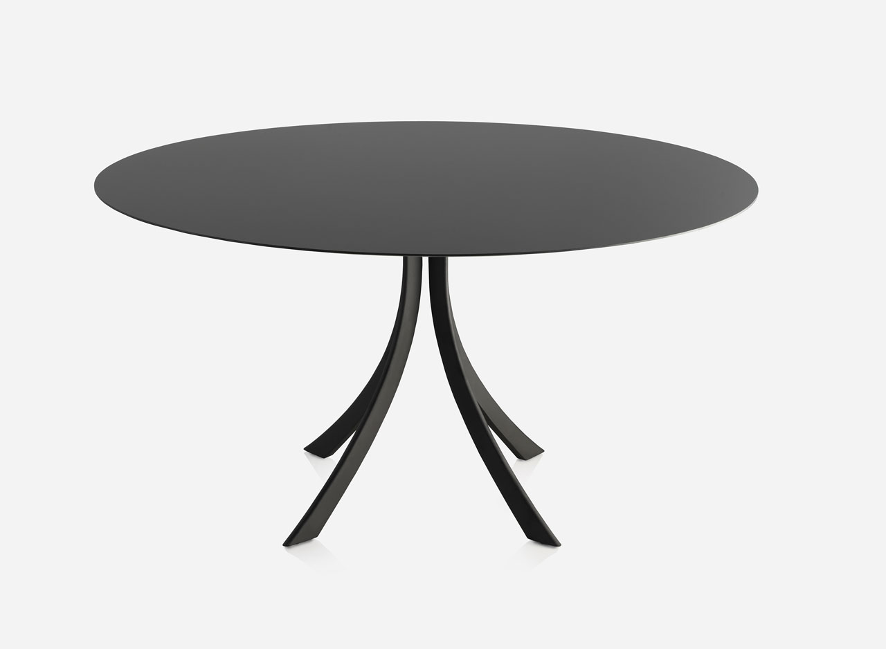 dissenycv.es-expormim-Falcata-dining-table-by-Lievore-Altherr-Molina-06