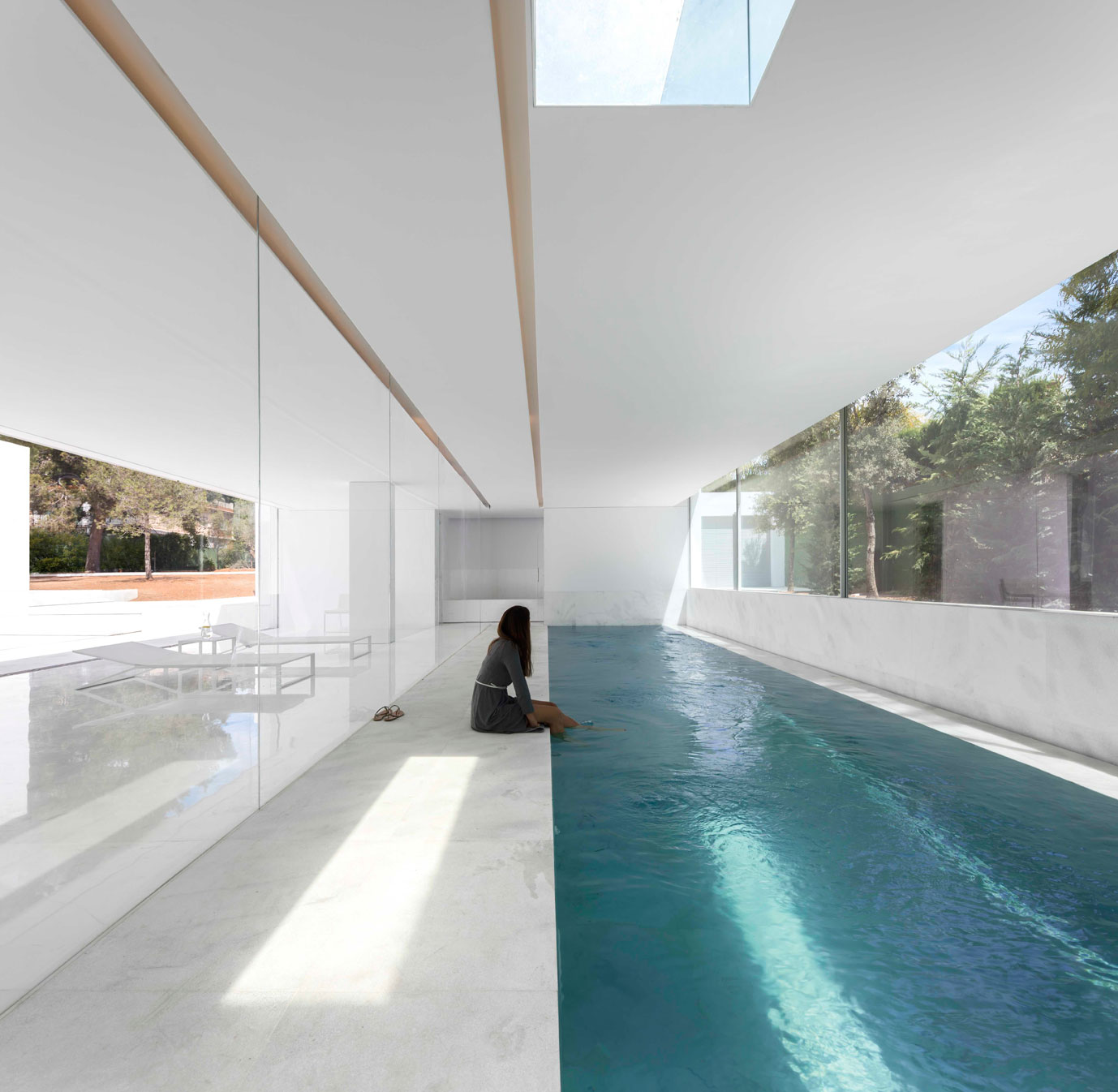 dissenycv-es-fran-silvestre-arquitectos_-house-betwwen-the-pine-forest_-19