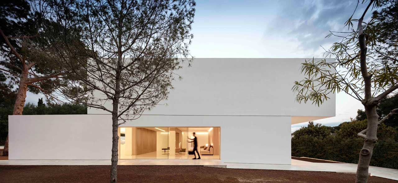 dissenycv-es-fran-silvestre-arquitectos_-house-betwwen-the-pine-forest_-3